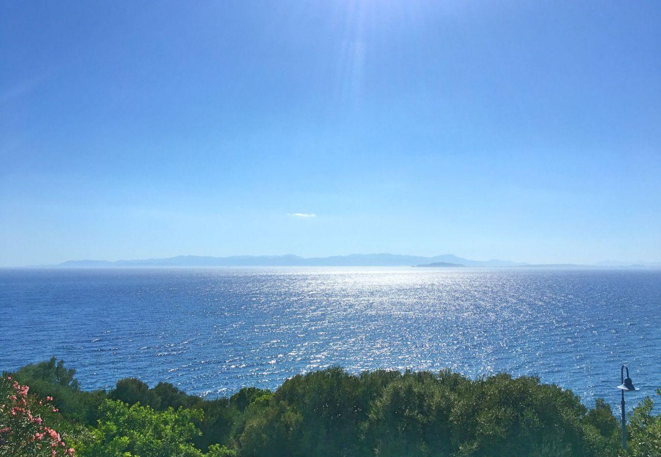Villa a Quartu Sant´Elena - Holiday rental with sea views and pool in Sardinia
