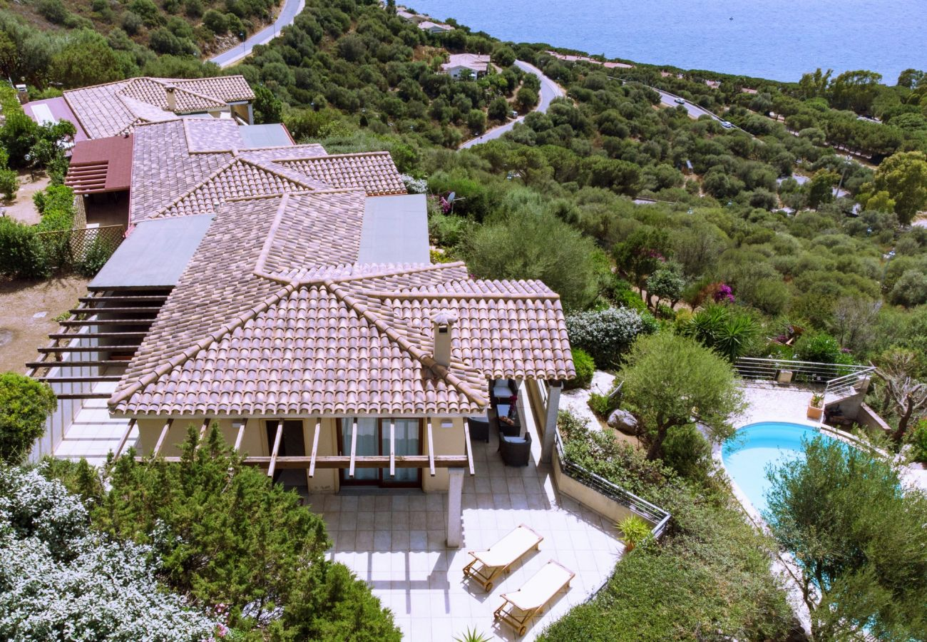Villa a Quartu Sant´Elena - Holiday home with pool to rent in South Sardinia