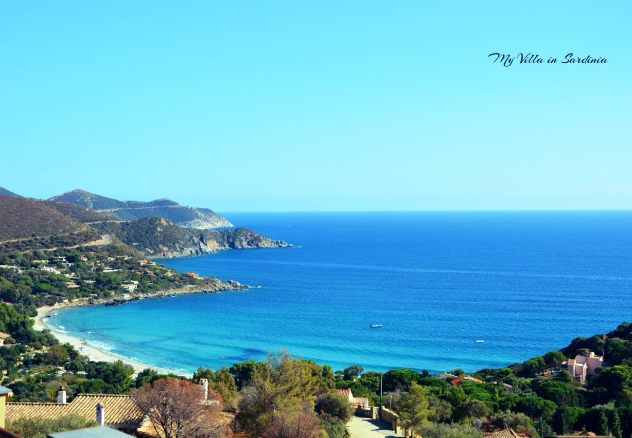 Villa in Maracalagonis - Panoramic villa with pool to rent in Sardinia