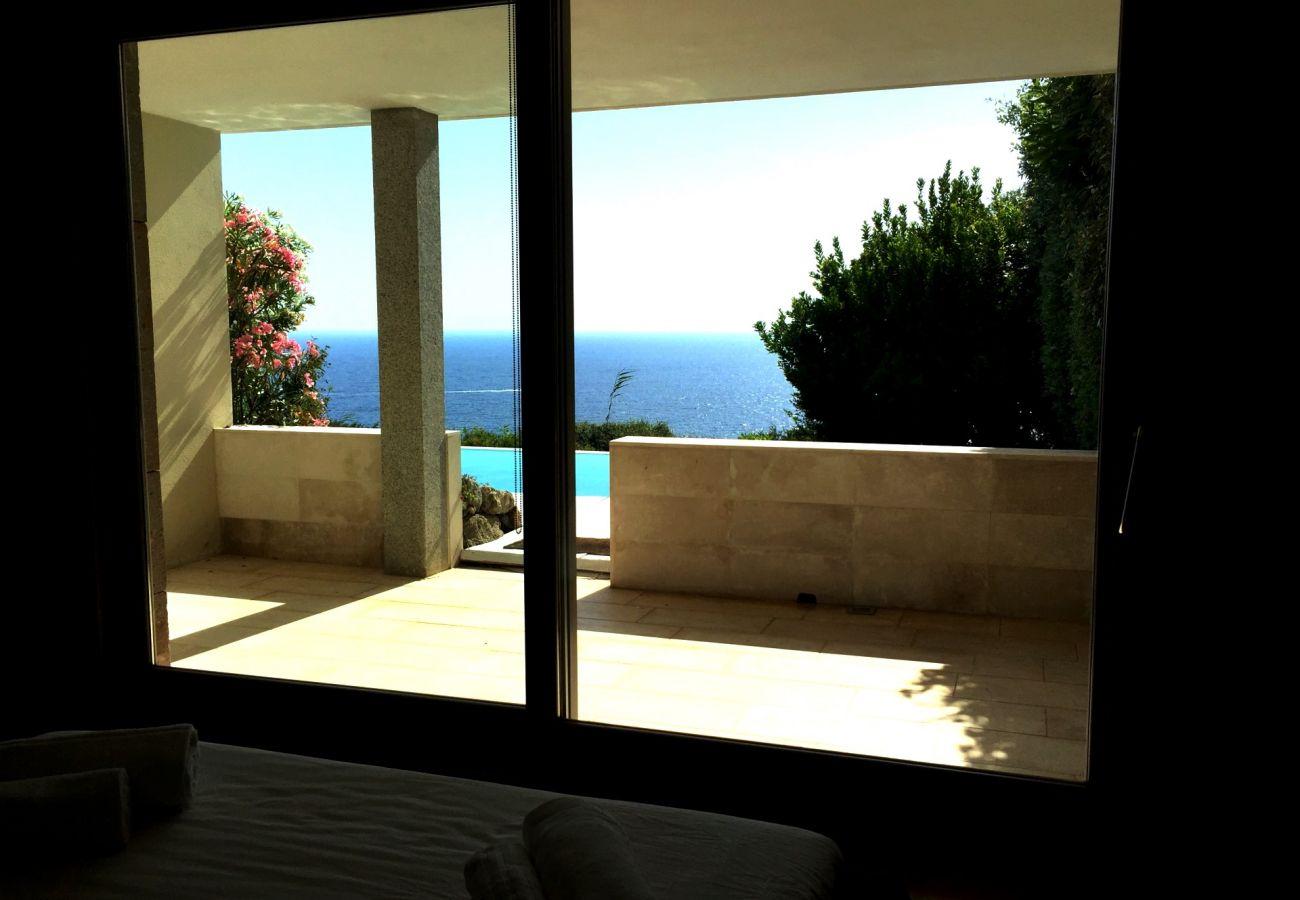 Villa in Quartu Sant´Elena - Holiday rental with pool and sea views in Sardinia